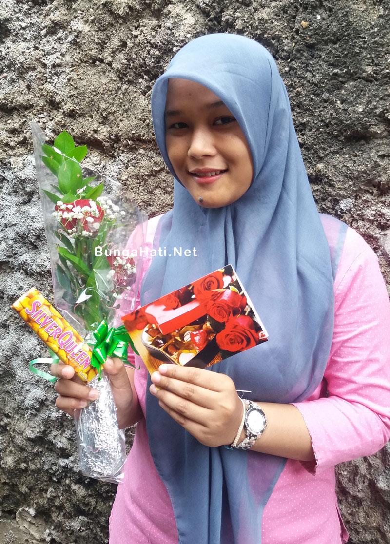 Paket bunga valentine pahe B